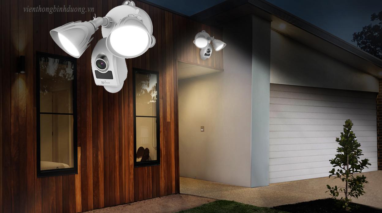 Camera Wifi ngoài trời tích hợp đèn pha và còi báo động CS-LC1-A0-1B2WPFRL